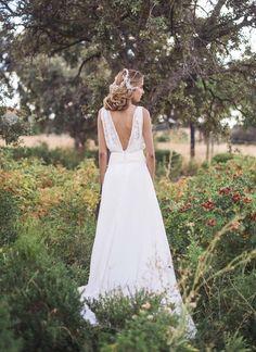 Aujourd'hui je suis très heureuse de vous présenter ces très jolies robes de mariée... Parfaites pour les mariées romantiques et bohèmes...