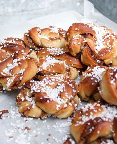 Världens godaste Kanelsnurror Piece Of Bread, Fika, Cakes And More, Pretzel Bites, Food Pictures, Cake Recipes, Cheesecake, Brunch, Rolls