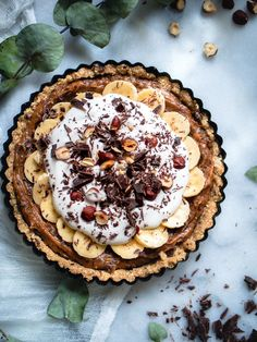 Banoffee-raakapiirakka (V, GF) – Viimeistä murua myöten Pie Recipes, Veggie Recipes, Dessert Recipes, Desserts, Recipies, Banoffee Pie, Vegan Cheesecake, Le Diner, Healthy Sweets