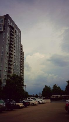 Storm rolling in. #atlanta #storm #rain #georgia #travels #businesstrip