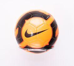 17,95€ - NIKE REACT NEYMAR - Tiendas MEGASPORT - #nike #nikeball #ball #nikereact #reactneymar #nikereactneymar #neymar #pelota #balón #balon #futbol