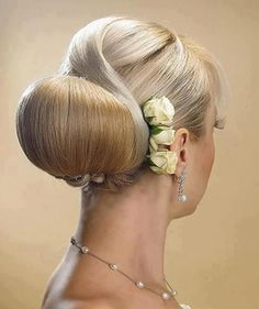 Skyline Empire (Hair) ooo I really like that Best Wedding Hairstyles, Homecoming Hairstyles, Bride Hairstyles, Pretty Hairstyles, Elegant Hairstyles, Medium Hair Styles, Long Hair Styles, Great Hair, Gorgeous Hair