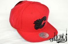 Toronto Snapback has a huge selection of Custom fitted, Snapbacks and Beanies hats from all major brands. Calgary, Beanie Hats, Snapback, Toronto, Baseball Hats, Fashion, Baseball Caps, Moda, La Mode