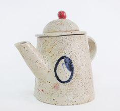 Smiling Teapot, one of my first pottery projects! #misako mimoko