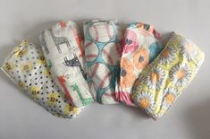 Assortment of diapers from The Honest Company Honest Company Reviews, Honest Company Diapers, Honest Diapers, Coco Baby, Natural Baby, Girls In Love, Baby Accessories, Baby Shower Games, Girl Stuff