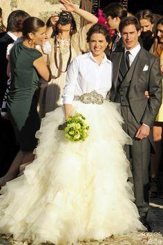 Mafalda Muñoz y Gonzalo Machado posan como marido y mujer después de su boda