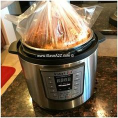 Instant Pot Rotisserie Chicken using a crockpot liner Power Pressure Cooker, Pressure Pot, Pressure Cooker Chicken, Instant Pot Pressure Cooker, Chicken Cooker, Pressure Cooker Ribs, Pressure Canning, Pressure King, Instant Cooker