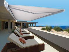 Los toldos para terraza son la solución ideal para crear un ambiente agradable. La gran colección de tipos de tejidos nos ofrecen posibilidad de vestir cualquier hogar.