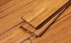 ANTIQUE MOCHA BAMBOU FOSSILISÉ Collection Cali Bamboo.  Le plancher de bambou le plus dur au monde avec un score de dureté de 5000+ à l'échelle de test Janka.  La surface des lamelles a été ingénieusement travaillée pour leur rendre un aspect antique et rustique offrant beauté, durabilité et responsabilité environnemental.