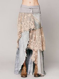 Normally I hate long jean skirts made from old jeans, but the lace could make it cute, if the denim is thin enough. Mode Hippie, Mode Boho, Denim And Lace, Diy Clothing, Sewing Clothes, Sewing Jeans, Gypsy Clothing, Diy Jeans, Jeans Refashion