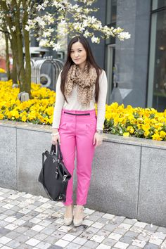 I like this outfit, my two favorite - pink and leopard.