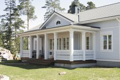 Great awesome small home and shed plans you don't want to miss. Shed Plans, House Plans, Entry Stairs, New England Style, Home Interior, My Dream Home, Future House, Microsoft, Farmhouse
