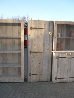 Fourniture made of scaffold boards