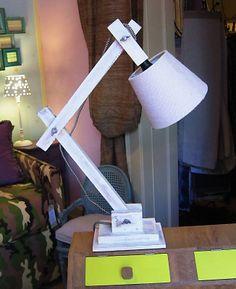 #Lampada da tavolo in legno  #arredo #milano #valter pisati