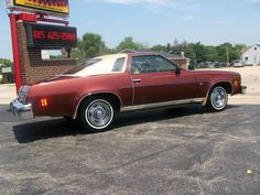 1976 Chevy Malibu Classic Landau Coupe Maintenance of old vehicles: the material for new cogs/casters/gears/pads could be cast polyamide which I (Cast polyamide) can produce