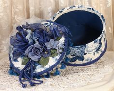 "Blue Victorian Keepsake / Hat Box in Waverly ""Rosewood"" Print - Round Vintage Style"