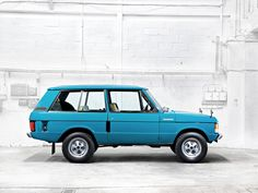 ok, besides the Citroen Mehari & Citroen CX, this would be a good car-on-the-side.....