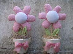Flores em tecidos margaridas by Irene Sarranheira, via Flickr