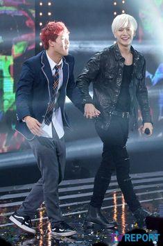Jooheon and Jackson, the cutest multifandom friendship, hands down! Kim Yugyeom, Youngjae, Jonghyun, Shinee, Monsta X, Got7, Eric Nam, Kpop, Jackson Wang