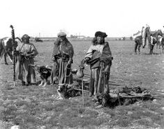 Kainai women and dog travois Double Strike, Heavy Face, and Takes a Gun. Provincial Archives of Alberta, from the Harry Pollard fonds,