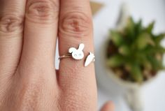 Rabbit ring in sterling silver 925 - stacking ring - bunny ring - tiny jewelry - animal jewelry - simple ring - minimalist - carrot ring