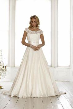 weddingsdresses.org wp-content uploads 2016 10 Second-hand-wedding-dresses-UK-Cheap-second-hand-wedding-dresses-Second-hand-bridal-gowns-11.jpg