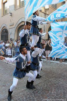Gli sbandieratori di Asti a #Gavi (#digaviingavi 2)