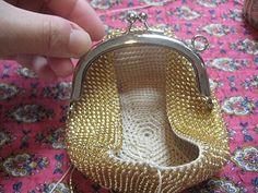 Free Crochet Bag, Bead Crochet, Crochet Dolls, Beaded Bags, Beaded Jewelry, Frame Purse, Coin Bag, Brick Stitch, Crochet Accessories