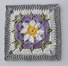 How to Crochet a Solid Granny Square Crochet Square Blanket, Crochet Squares Afghan, Baby Afghan Crochet, Granny Square Crochet Pattern, Crochet Blocks, Crochet Motifs, Crochet Flower Patterns, Crochet Blanket Patterns, Crochet Stitches