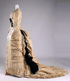 1875-78 ___ Dinner Dress by Mon. Vignon ___ silk & glass ___ French (Paris) ___ at The Metropolitan Museum of Art ___ photo 2