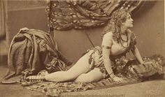 "Adah Isaacs Menken, aka ""The Naked Lady,"" may have begun life as a poor girl from New Orleans, but with talent and courage she became THE outstanding actress during the era of America's Civil War. Lady Macbeth, Lord Byron, Issues Band, Women In History, Vintage Photographs, Napoleon, Bombshells, Superstar, Naked"
