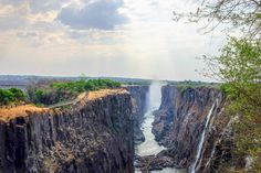 Southern Zambia: Victoria Falls, Lake Kariba and the Zambezi - http://www.maggieinafrica.com/2016/11/victoria-falls-lake-kariba/ - After crossing the Kazungula border from Botswana, Maggie and the team headed for southern Zambia. We visited three places: Victoria Falls, Lake Kariba and the Zambezi river valley. You can read about the route we took below, and follow on the map at the end of this post! Victoria Falls… The post Southern Zambia: Victoria Falls, Lake Kariba