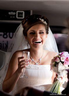 Свадебный фотограф Татьяна Омельченко +38-067-386-02-46 #weddingphotography  #weddingemotions #weddingreportage #portraitofthebride #bride #strobism #kievwedding #kievweddingphotographer #bestweddingphoto
