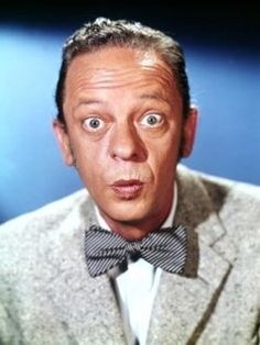 I love Don Knotts!!  The Ghost and Mr. Chicken was one of my favorite movies!