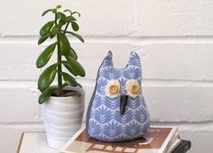DIY Owl Doorstop  Pinned by www.myowlbarn.com