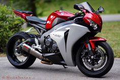CBR1000RR by Nooshster on Flickr.