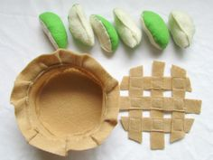 felt play food - I love that you can actually put it together and pretend-bake....