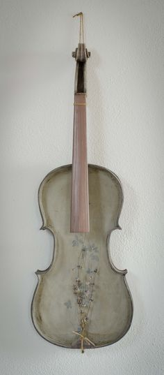 Old reinvented violin 2013 Decorative Objects, Home Deco, Violin, Decoration Home, Decorative Items