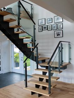 OSLO STRINGER - Prestige Metal - Creating and manufacturing high quality stair balusters Steel Stairs Design, Metal Stairs, Railing Design, Staircase Design, Stairs Balusters, Modern Stair Railing, Modern Stairs, Railings, Stairs In Living Room