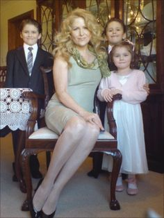 Theresa Riggi admits killing her three Theresa Riggi, pleaded guilty to a charge of culpable homicide on the grounds of diminished responsibility. She was originally charged with murder. Theresa Riggi with Cecilia and twins Luke and Austin. Horrible People, Evil People, Paranormal, Murder Most Foul, Real Monsters, Foto Real, Vida Real, Criminology, Murder Mysteries