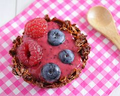 Nutella Granola Cups filled with Berry Smoothie by Sugar for the Brain, via Flickr