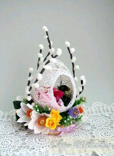 más y más manualidades: Crea hermosas decoraciones con esferas de hilo