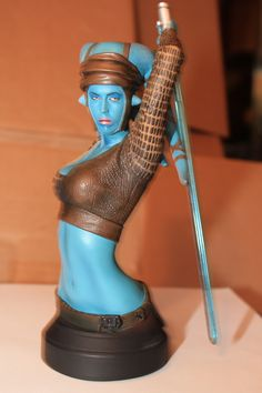 Aayla Secura Gentle Giant Mini-bust