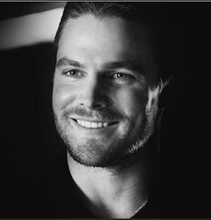 Stephen Amell...simply delicious ❤️❤️