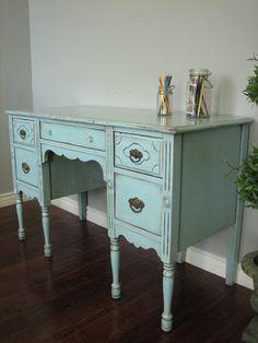 European Paint Finishes: Shabby Chic Desk ~