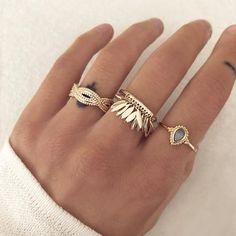 Pretty Gold Rings by Kurafuchi