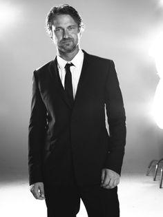 Handsome in a suit!  Gerard Butler, male actor, celeb, stylish, elegant, macho, steaming hot, cute, beard, sexy, eyecandy, portrait, photo b/w.
