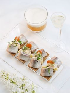 SOS with marinated herring, butter and priest cheese - blogs.sweden.se !