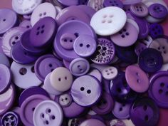 Hey, I found this really awesome Etsy listing at https://www.etsy.com/listing/128034241/20-purple-button-mix-5-to-30mm