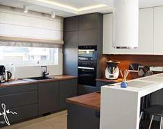 Dom jednorodzinny, Strefa dzienna - Średnia otwarta kuchnia w kształcie litery u, styl nowoczesny - zdjęcie od Anna KarJan Pracownia architektury wnętrz